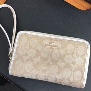 Beautiful White and Tan Coach Wristlet